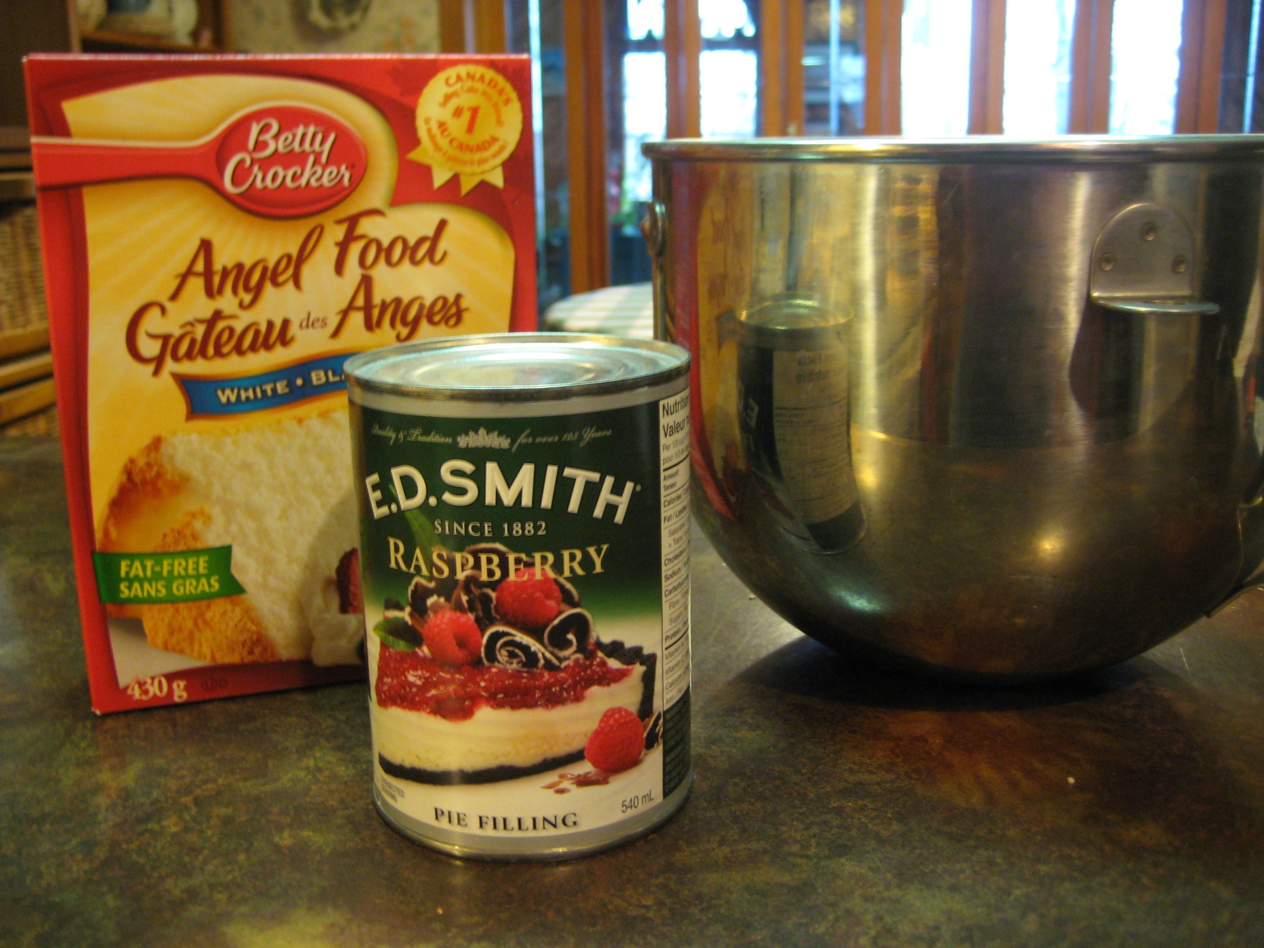 Angel food cake with pie filling recipe